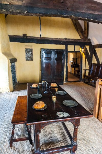 Aberconwy House photo, First floor table