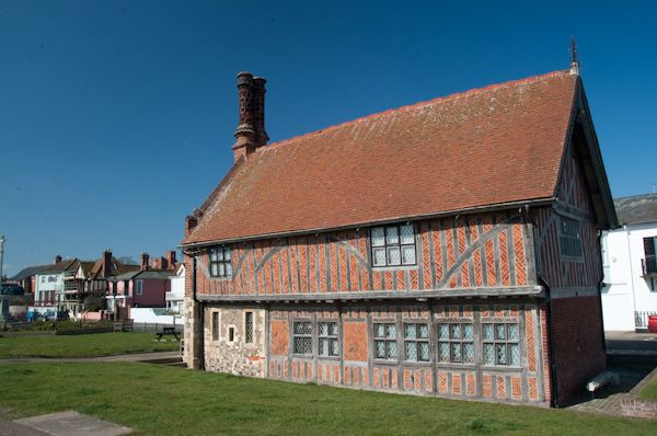 Aldeburgh Moot Hall Museum photo, Moot Hall exterior