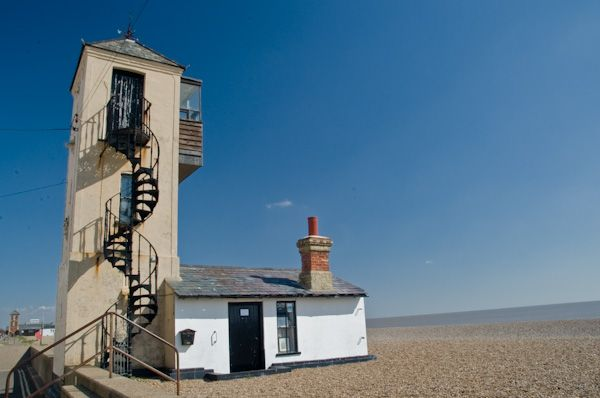 Aldeburgh photo, Lifeguard tower