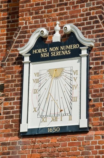 Aldeburgh Moot Hall Museum photo, Town clock