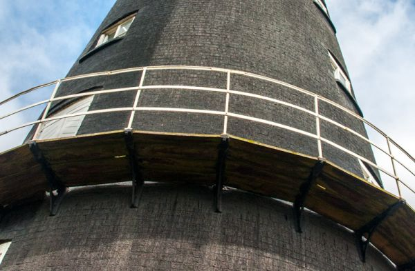 Alford Five Sailed Windmill photo, The exterior walkway