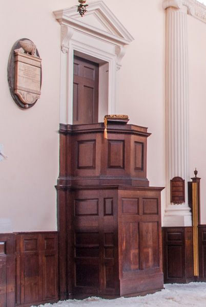 All Hallows London Wall photo, The 18th century pulpit
