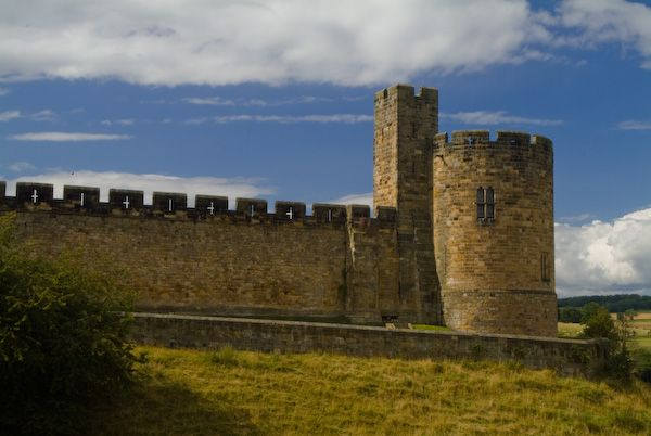 Alnwick Castle photo, The Record Tower