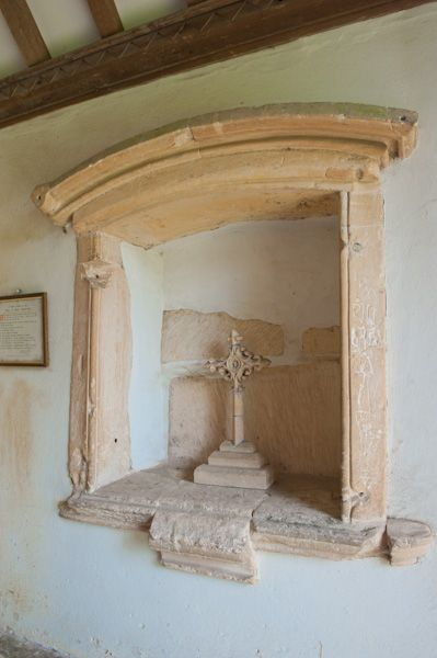 Ampney Crucis, Holy Rood Church photo, Canopied niche inside porch