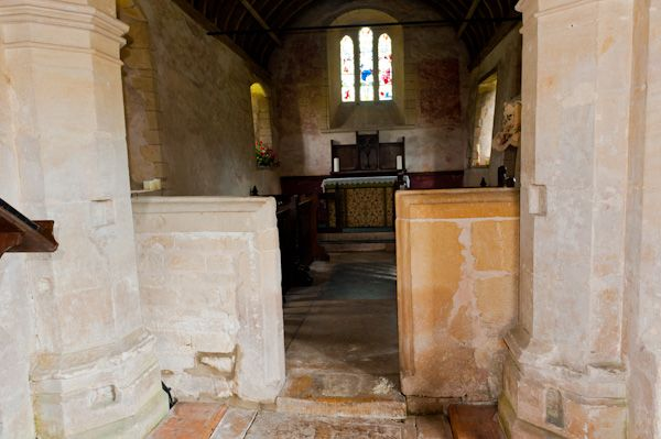 Ampney St Mary Church photo, Stone chancel screen