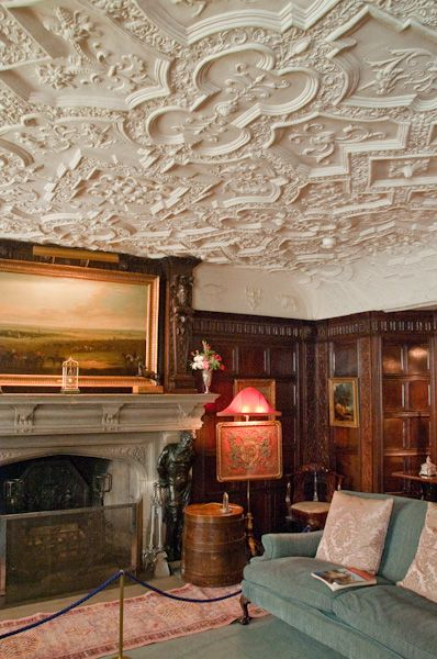 Anglesey Abbey photo, The Oak Room