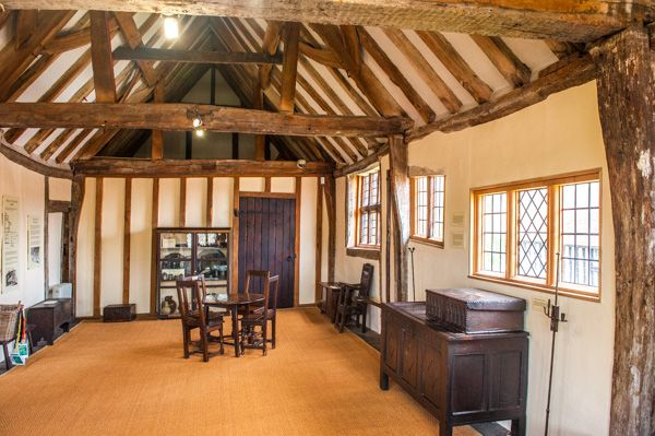 Anne of Cleves House photo, The medieval hall