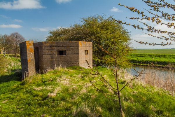Appledore photo, WWI pillbox on the Royal Military Canal