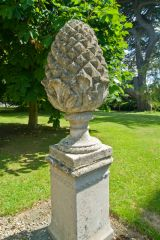 A pineapple statue in the grounds