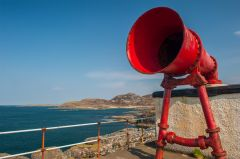 Ardnamurchan Point Lighthouse, The foghorn up close