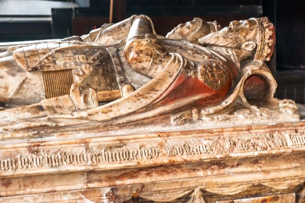 Ashby de la Zouch, St Helens Church photo, Earl of Huntingdon alabaster table tomb