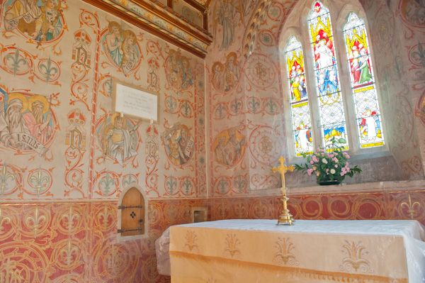 Asthall, St Nicholas Church photo, The chancel