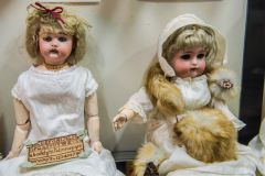 A pair of Edwardian dolls