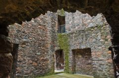 Balvenie Castle, Outer Chamber and drawing room