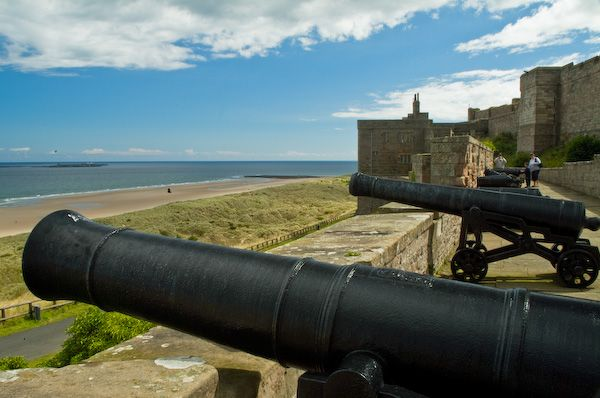 Bamburgh Castle photo, Cannons look out to sea
