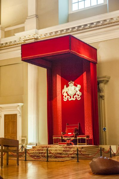 Banqueting House photo, The royal throne