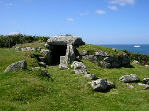 Isles of Scilly photo, Bant's Cairn (c) don cload