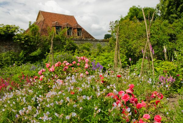 Barrington Court photo, Looking towards the walled garden