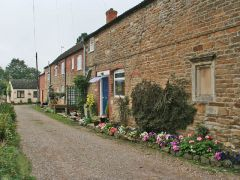 Cottages on Chapel Lane (c) Kate Jewell