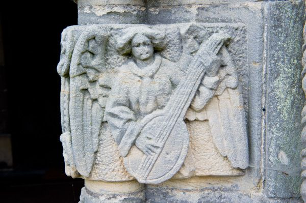 Barton-le-Street, St Michael's Church photo, Musical angel carving