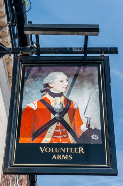 Barton upon Humber photo, The Volunteer Arms inn sign