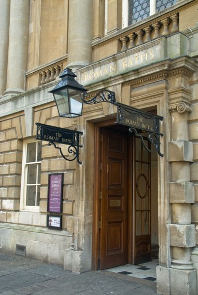 The Roman Baths photo, Main entrance to the Pump Room