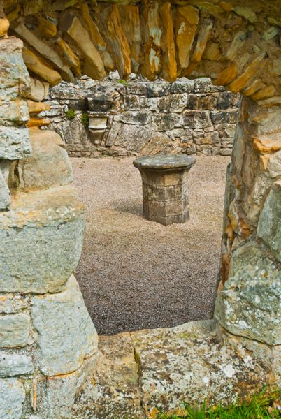 Bayham Abbey photo, A ruined window opening