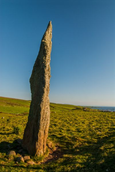Beacharr Standing Stone photo, Another view of the north face of the stone