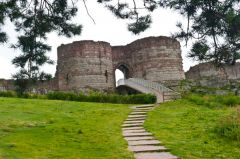 Beeston Castle, Approaching the castle from below