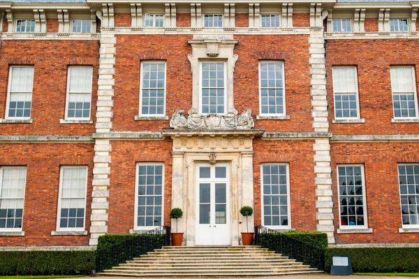 Beningbrough Hall photo, The front facade