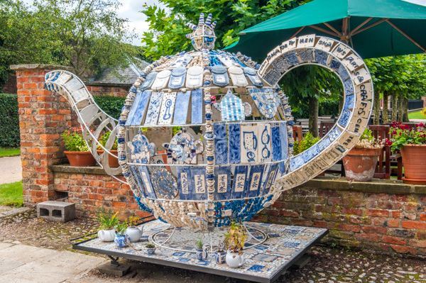 Beningbrough Hall photo, An unusual garden teapot ornament