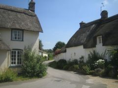 Bere Regis, Thatched cottages in Bere Regis (c) Jameslox