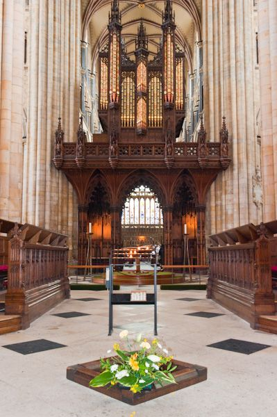 Beverley Minster photo, The magnificent organ screen