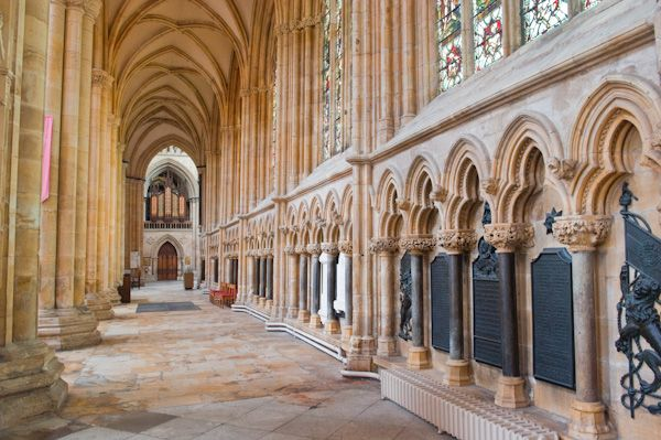 Beverley Minster photo, The north aisle