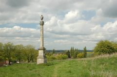 Somerby Monument, Bigby Hill (c) Gary Brothwell