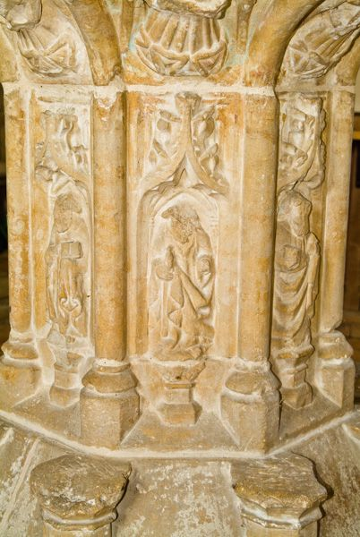 Binham Priory photo, Detail of carving on the font stem