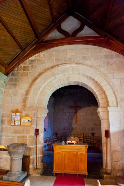 Birnie Church photo, Norman chancel arch