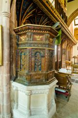 Bishops Lydeard, St Mary's Church, The beautifully crafted Jacobean pulpit