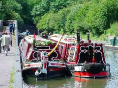 Boats on the Birmingham Canal (c) Peter Latham