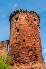 Bothwell Castle, The south east tower
