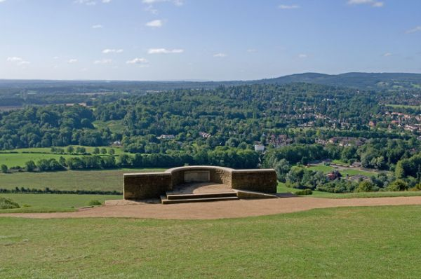 Box Hill photo, Salomon's Memorial (c) Ian Capper