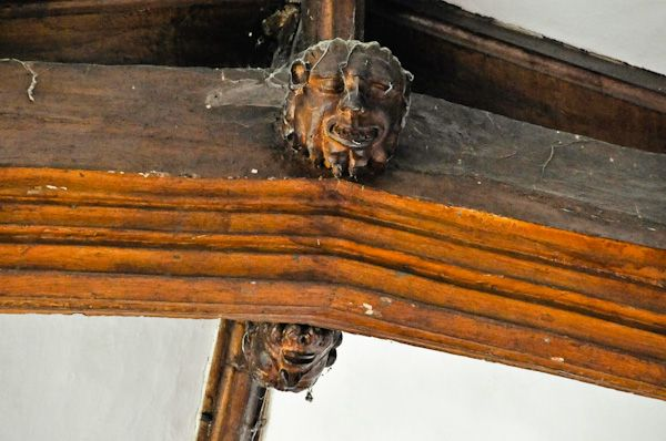 Boxford, St Mary's Church photo, Carved heads