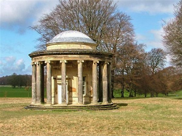 Bramham Park photo, Circular temple (c) Mick Garratt