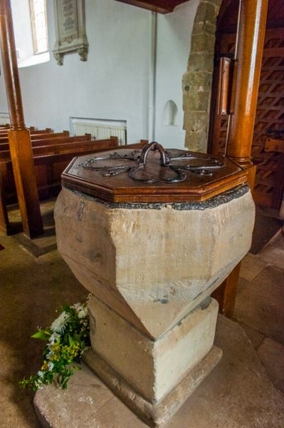 Breamore Saxon Church photo, The early Norman font