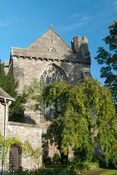 Brecon Cathedral photo, The abbey church exterior