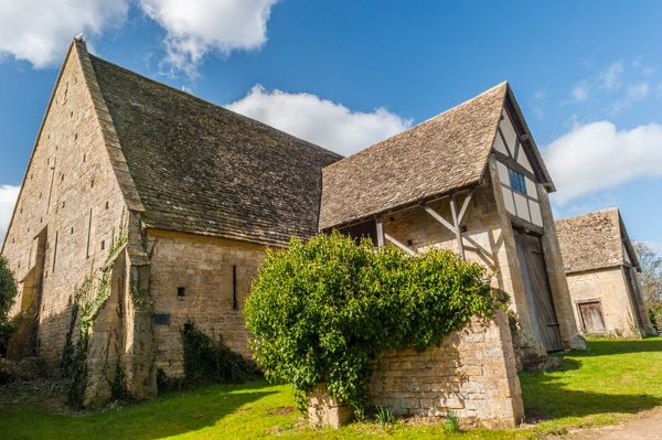 Bredon photo, Bredon Barn exterior