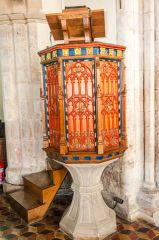 Bredon, St Giles, The beautifully painted pulpit