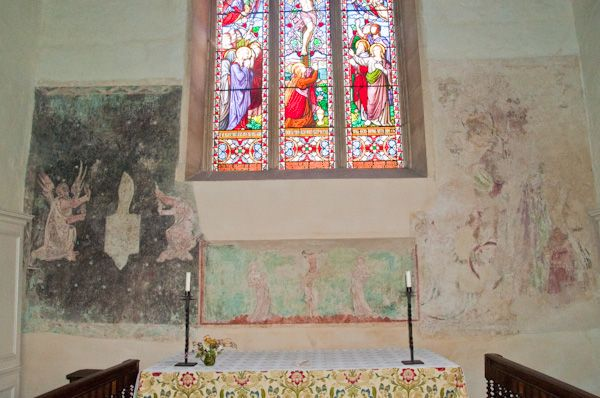 Brent Eleigh, St Mary's Church photo, 13th century wall paintings
