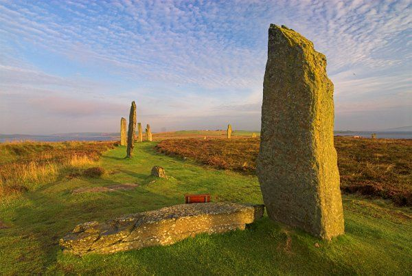 Ring of Brodgar photo, The 'lightning' stone