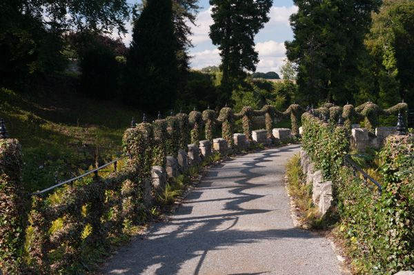 Brodsworth Hall photo, Garden path through the quarry